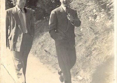 Aleksander Szypko and Kazimierz Szypillo out walking